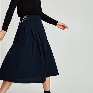 NWT Zara Navy Blue Pleated Side Tie Midi Skirt